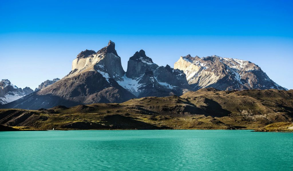 Pehoe-mountain-lake-and-Los-Cuernos-The-Horns-National-Park-Torres-del-Paine-Chile_167957318